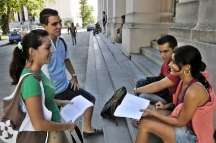 Hay que pagar para investigar en las instituciones de Patrimonio Cultural ¿Cómo harán sus tesis los estudiantes universitarios?
