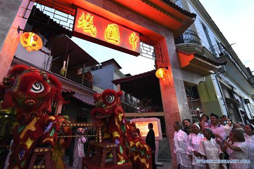 Barrio Chino: historia, comercio y… ¿olvido?