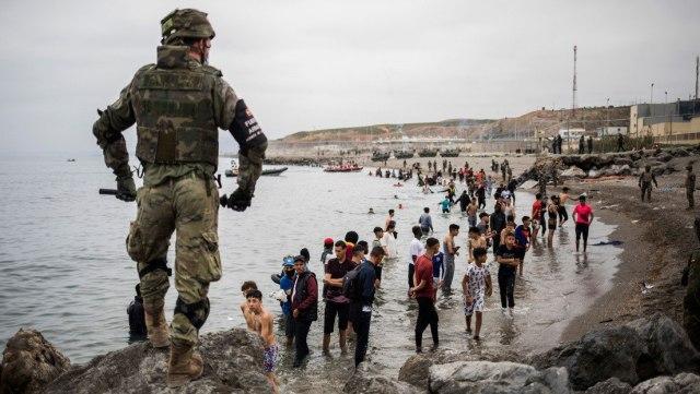 Embajadora de Marruecos advierte a España por llegada masiva de migrantes ilegales