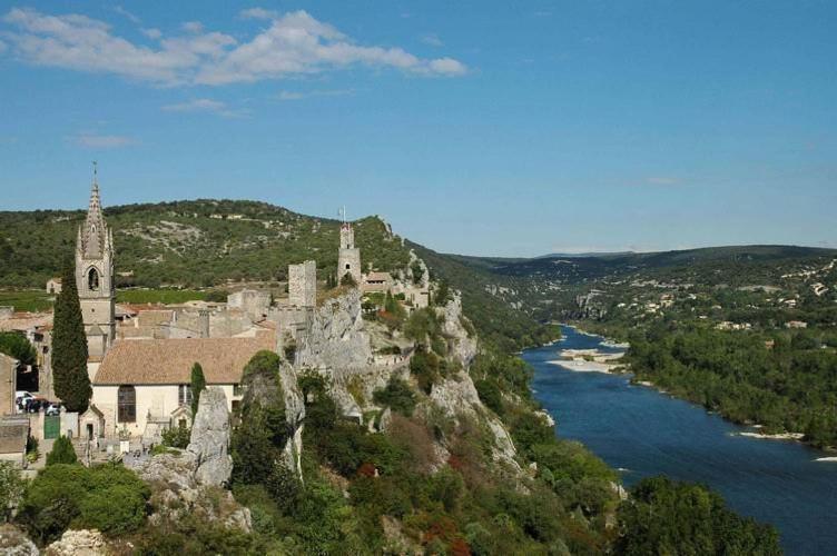 Arenes Saintes GR4 section 1