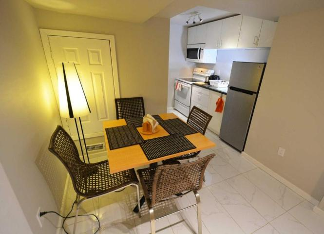 Deluxe 1 Bedroom Apartment Mississauga Canada Booking