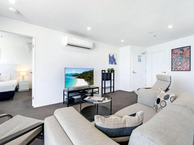 2 Bedroom Ocean View Apartment In S Gold Coast Australia