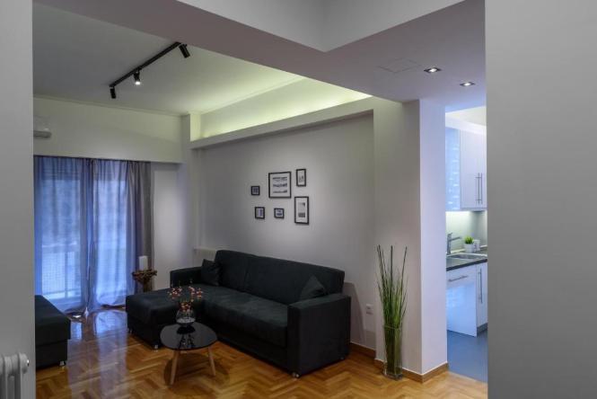 Modern Design Apartment Near Acropolis