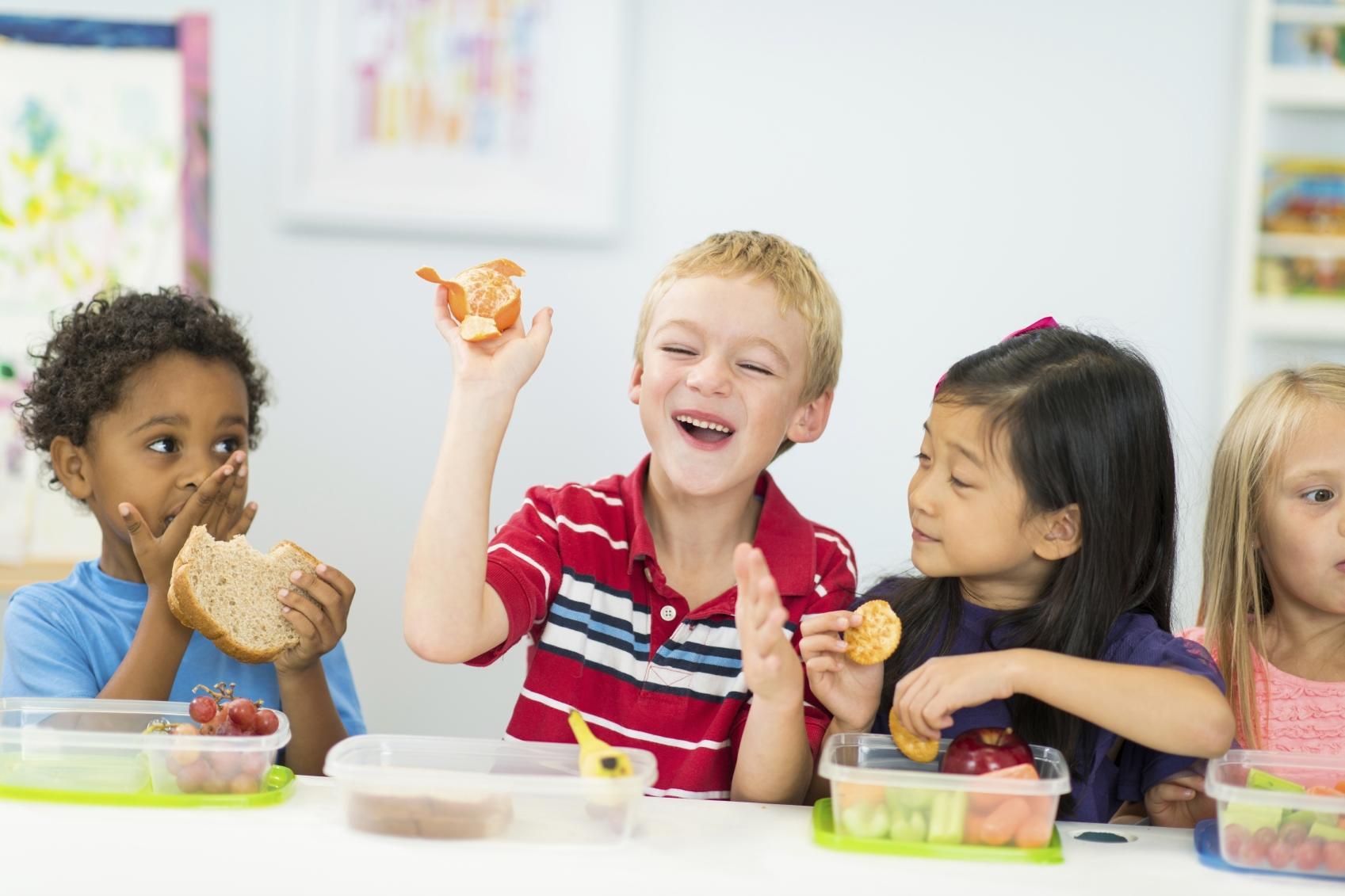 5 Ways To Help Your Kids Choose Healthy Snacks
