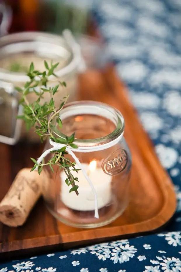 Tout pot miniature peut être la base du chandelier d'origine