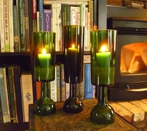 Un peu de fantaisie - et des bouteilles simples transforment en un chandelier d'origine