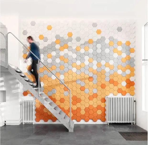 Muro de mosaico de telhas de clínquer hexagonal faz você mesmo