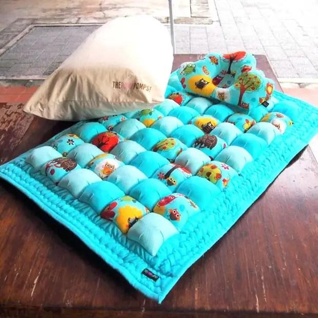 Blanket bombon: maginhawang mga ideya sa kanilang sariling mga kamay at step-by-step na master class