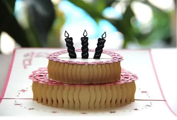كعكة من جوانب المرايا