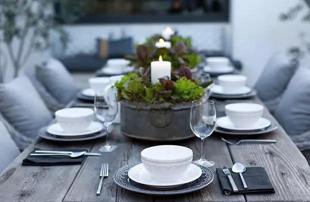 Зелёная композиция для стола