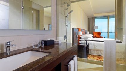 Sheraton-grand-conakry-Grand-Room-Bathroom_cr