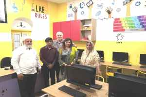 Nic-Jooste-Visit-to-Raahat-Foundation-3