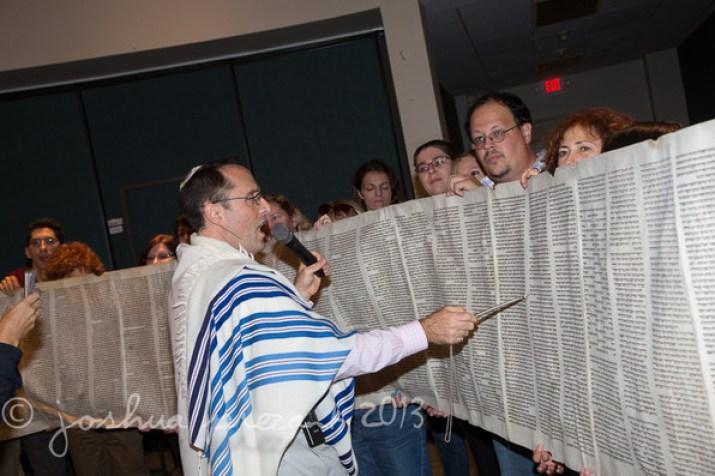 596_A_Torah_B13A0621_JSP