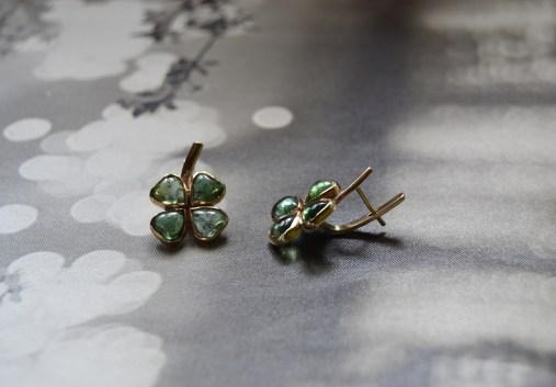 vikafo earrings