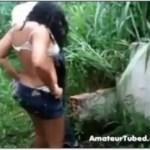 Image Marido corno flagra esposa dando pro vizinho no mato
