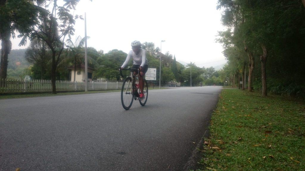 Final two laps DSC_0157DSC_0156