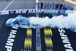 Kevin Harvick, driver of the #4 ditech Chevrolet, celebrates with a burn out after winning the NASCAR Sprint Cup Series Bad Boy Off Road 300 at New Hampshire Motor Speedway on September 25, 2016 in Loudon, New Hampshire. (Photo by Rainier Ehrhardt/NASCAR via Getty Images)