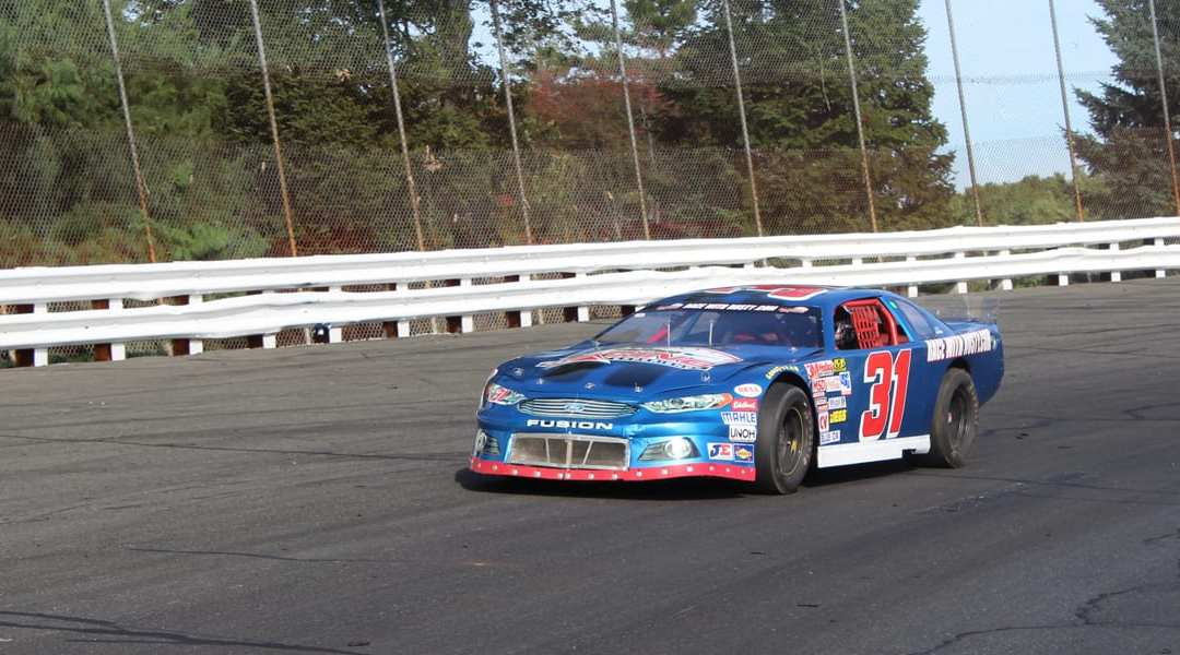 70% OFF Race Car Driving Experiences at Lake Erie Speedway September 17th!