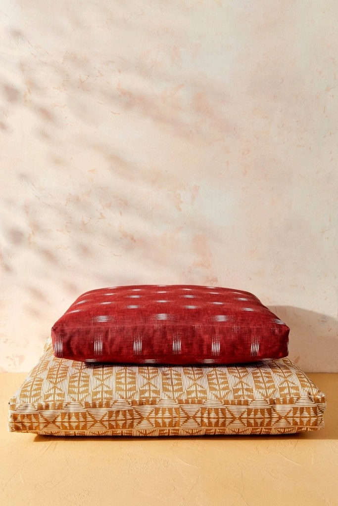 House Of Harlow 1960 Dog Bed