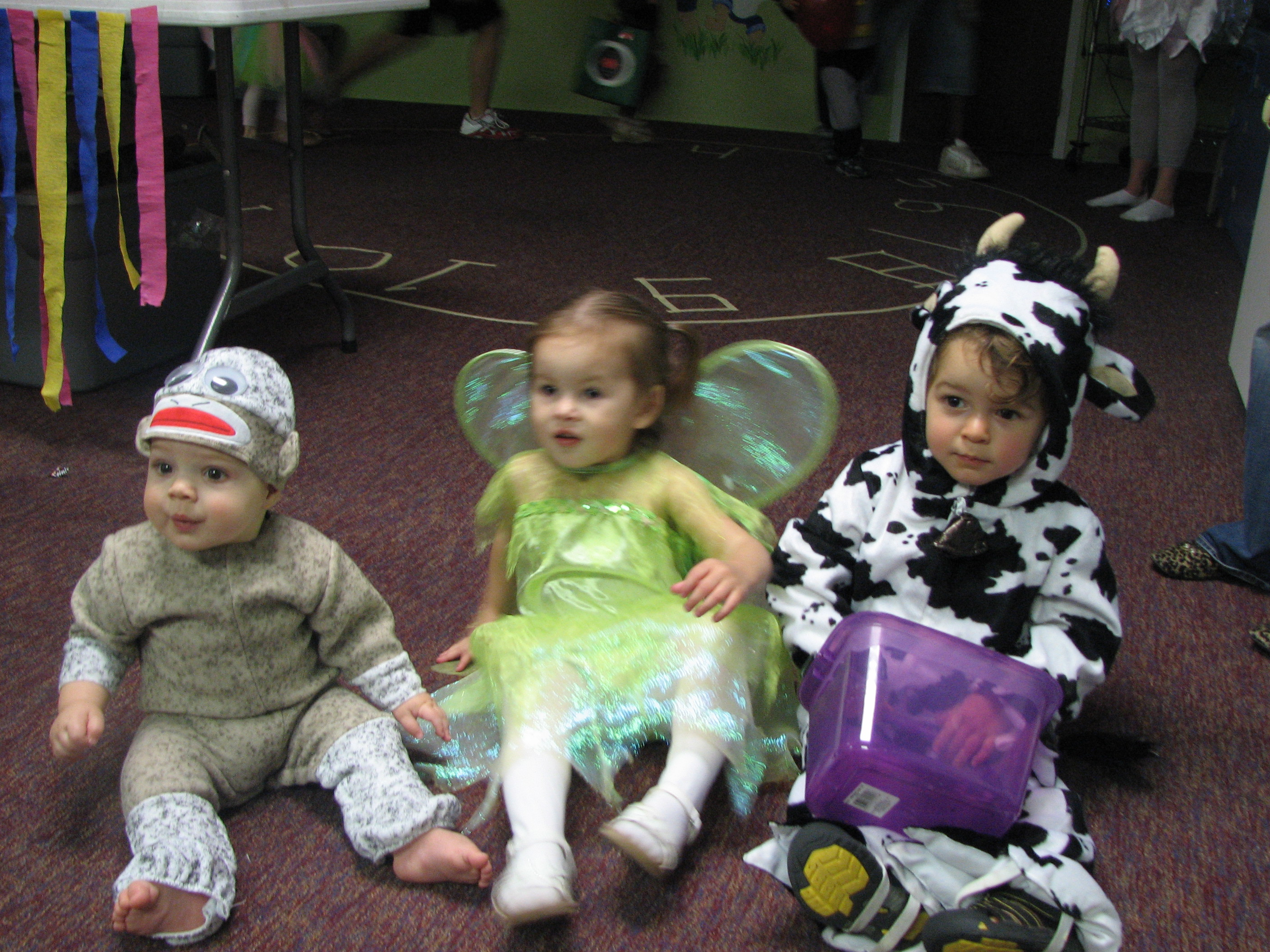 """With cousins Boaz and Taylor """"the fairy"""""""