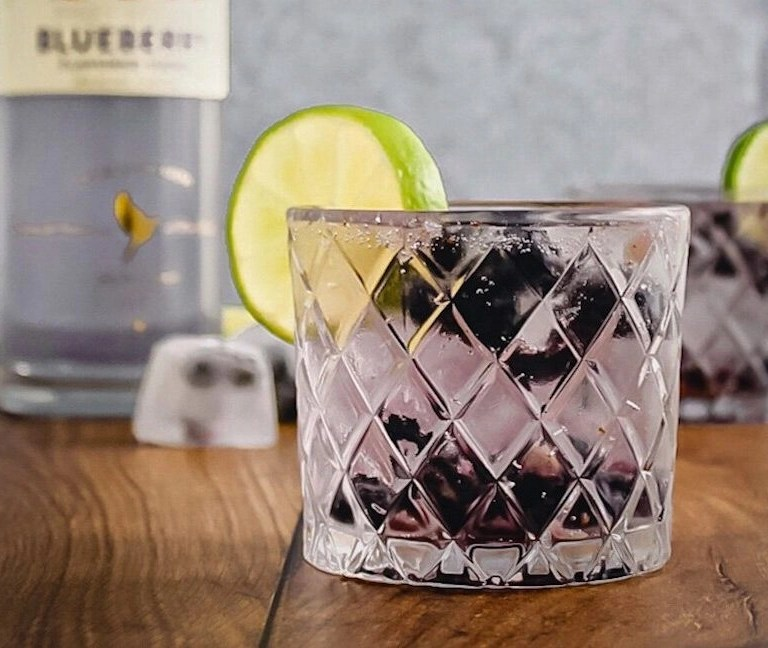 Blueberry and Lime Vodka Refresher