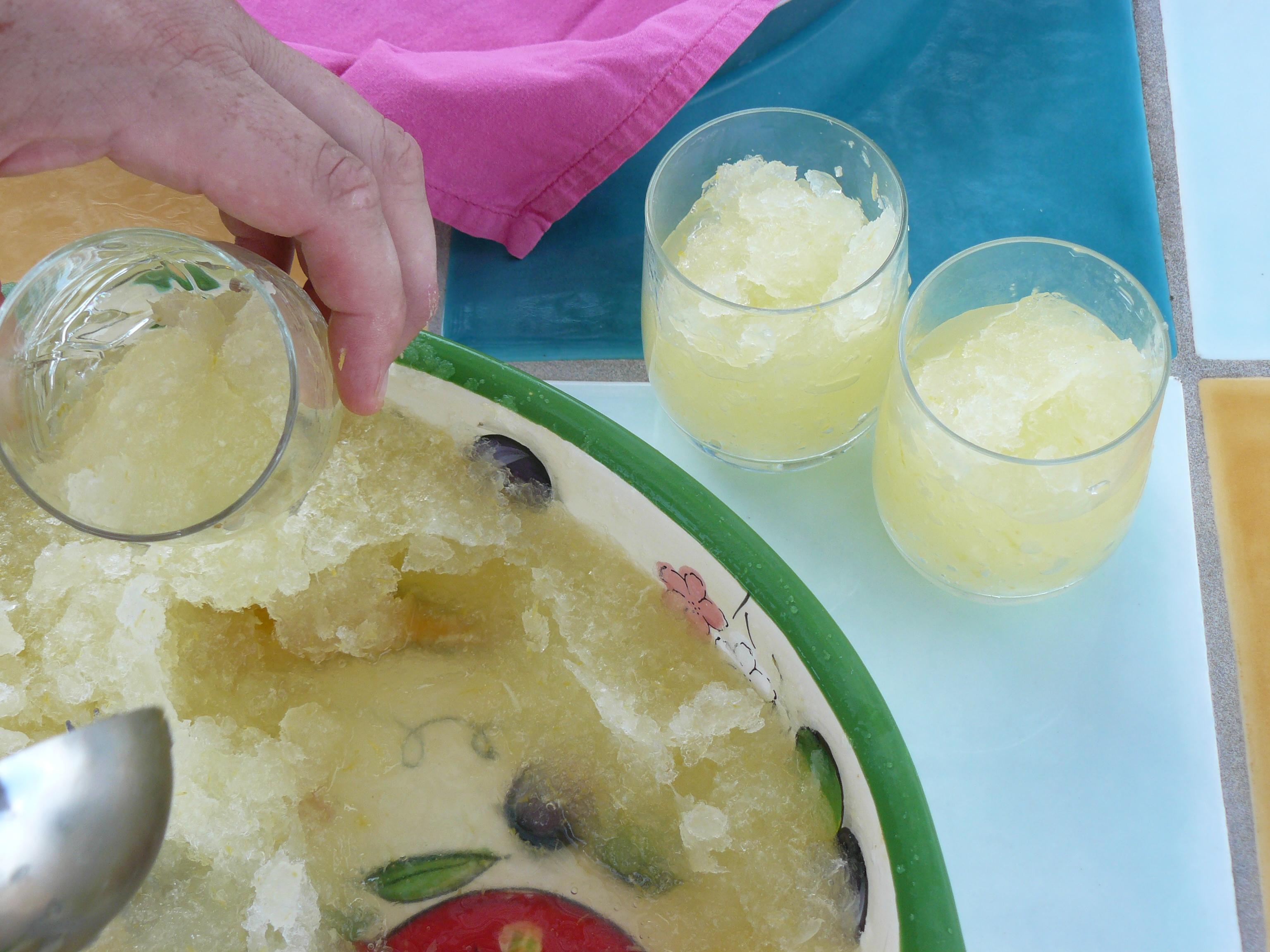 lemon granita serving