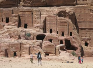 10 tips for your trip to Petra