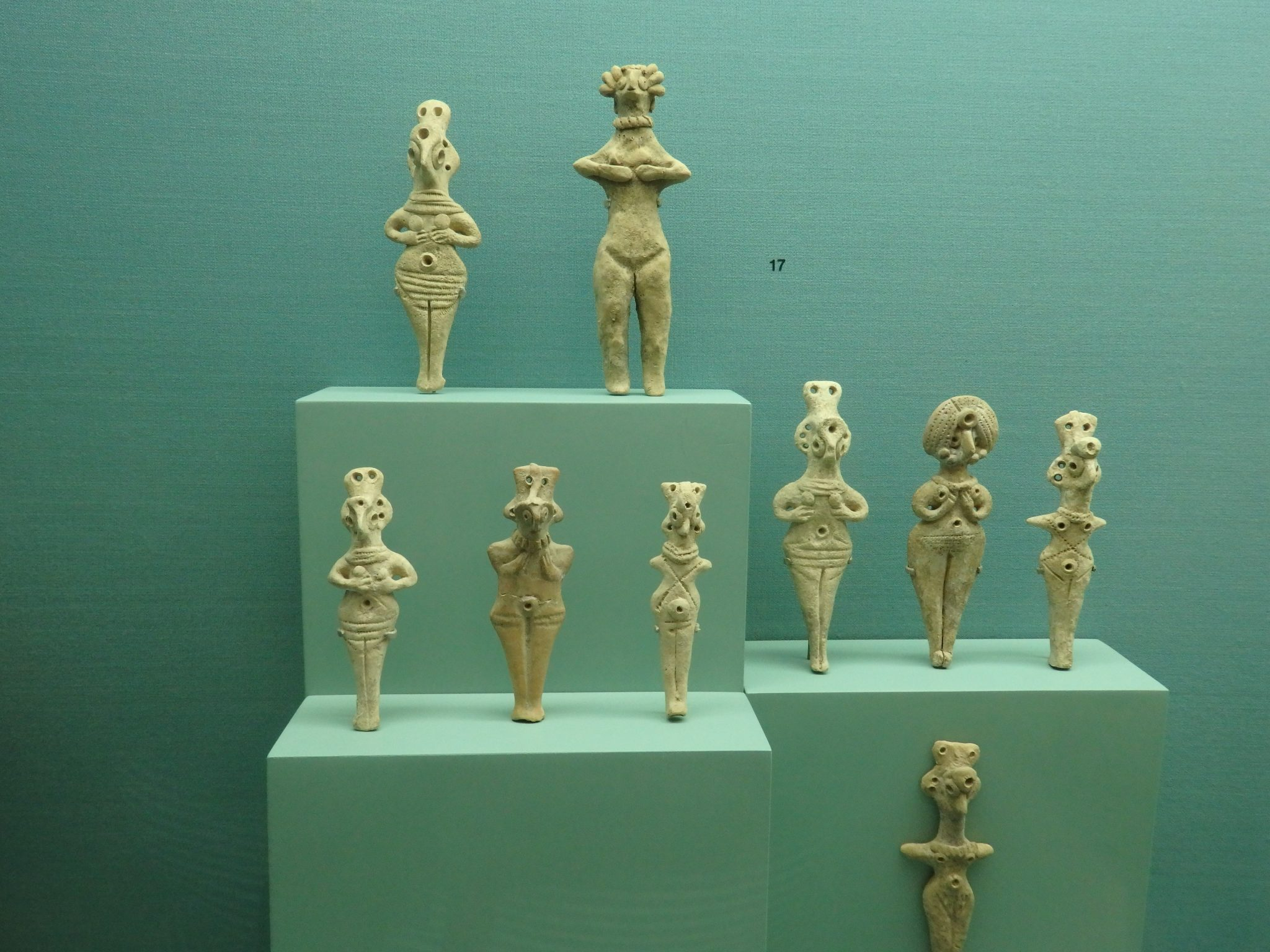 Bronze Age figurines from northern Syria, made from clay, and dating from 2000-1550 BCE in the Bible Lands Museum in Jerusalem.