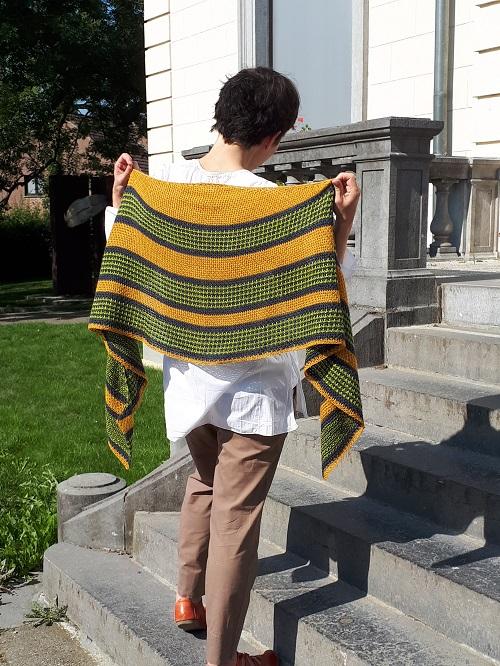 Magnitude, Tunisian crochet shawl to test