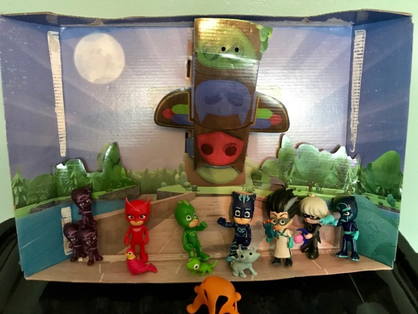 PJ Masks Deluxe Figures set with pets and weapons