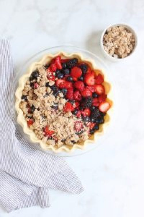 Berry Crumble Pie