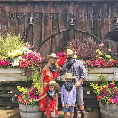 Summer Fun at Knotts Berry Farm: Ghost Town Alive!