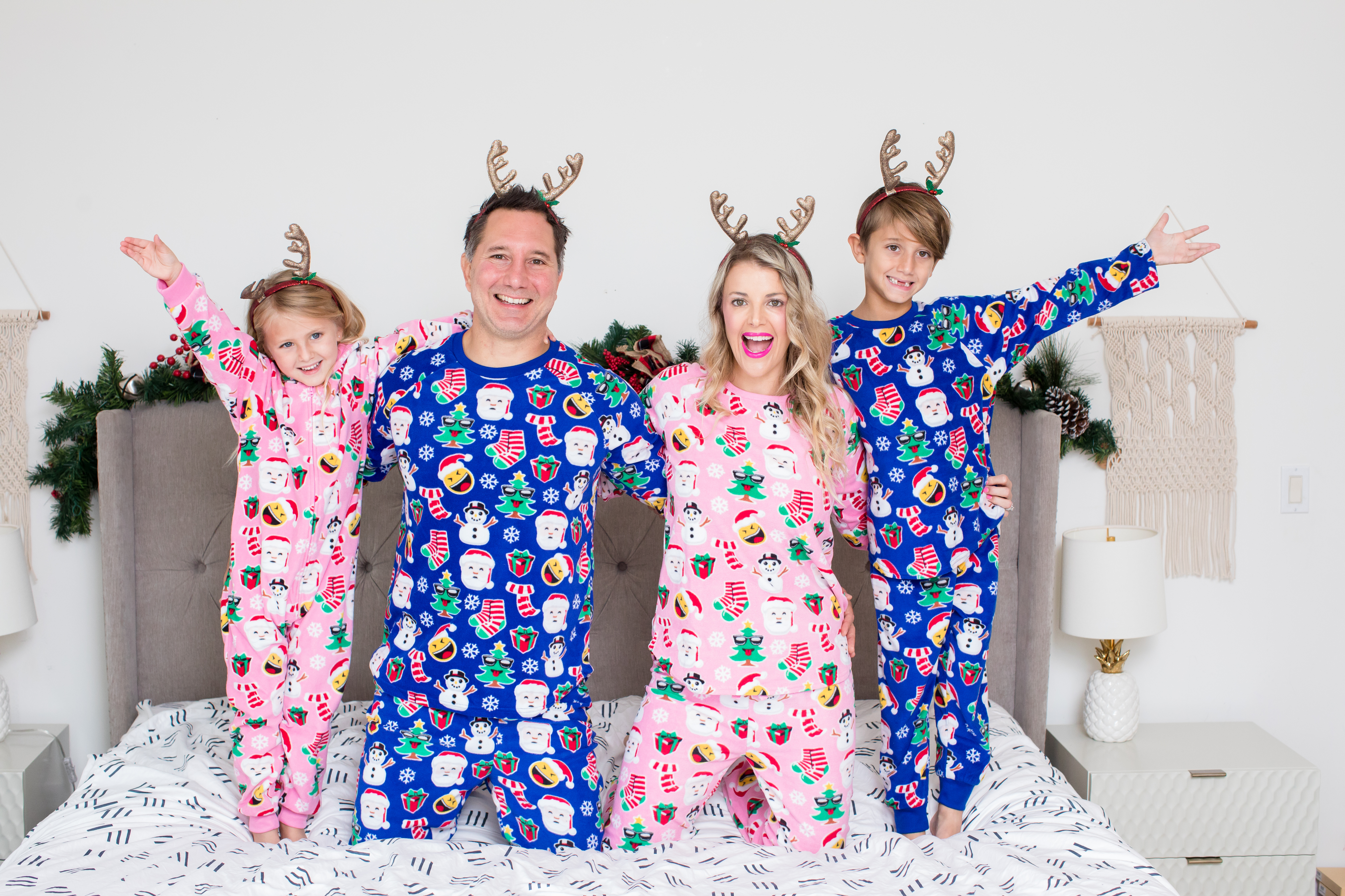 c5021ef75f My Family's Favorite Holiday Tradition: Matching Pajamas! - Rachel ...