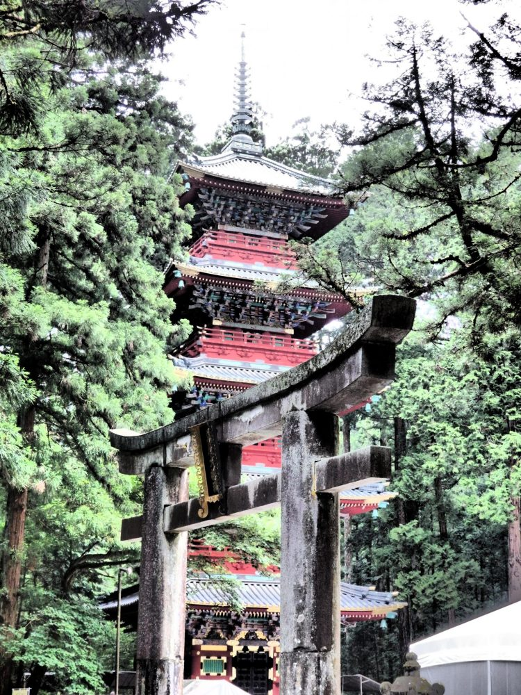 the five-story pagoda in Nikko, Japan: what to see in Nikko
