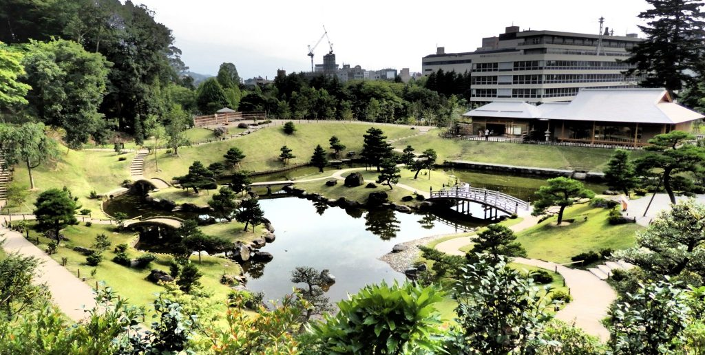 The Kenrokuen tea garden in Kanazawa was only recently opened, so it projects a somewhat bare appearance.