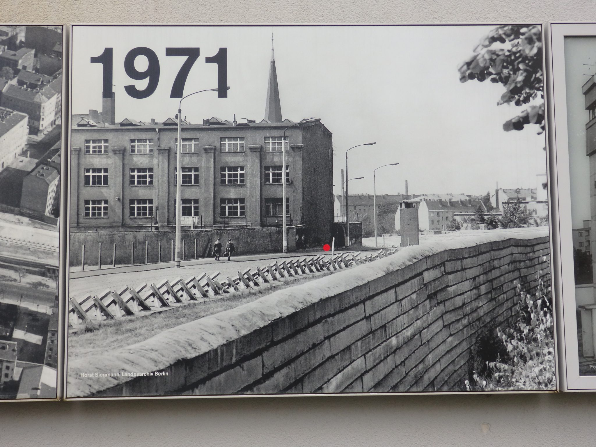 One of a series of historical photos illustrating the development of the Wall in the Berlin Wall Memorial.