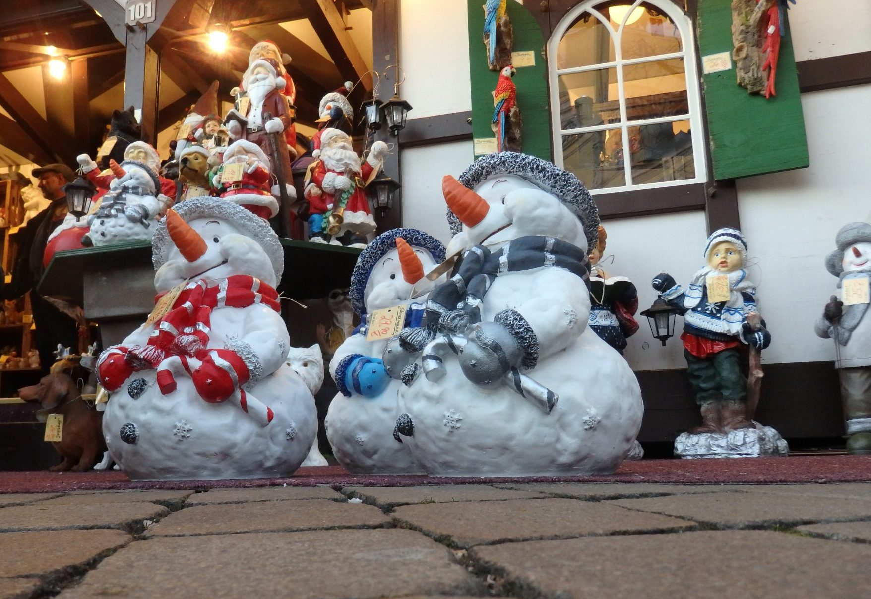 Or you can buy silly Christmas snowmen!