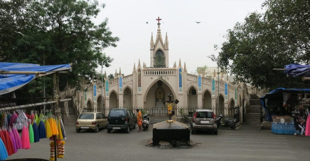 The chapel devoted to Mary across from Mount Mary Church: Mumbai sightseeing