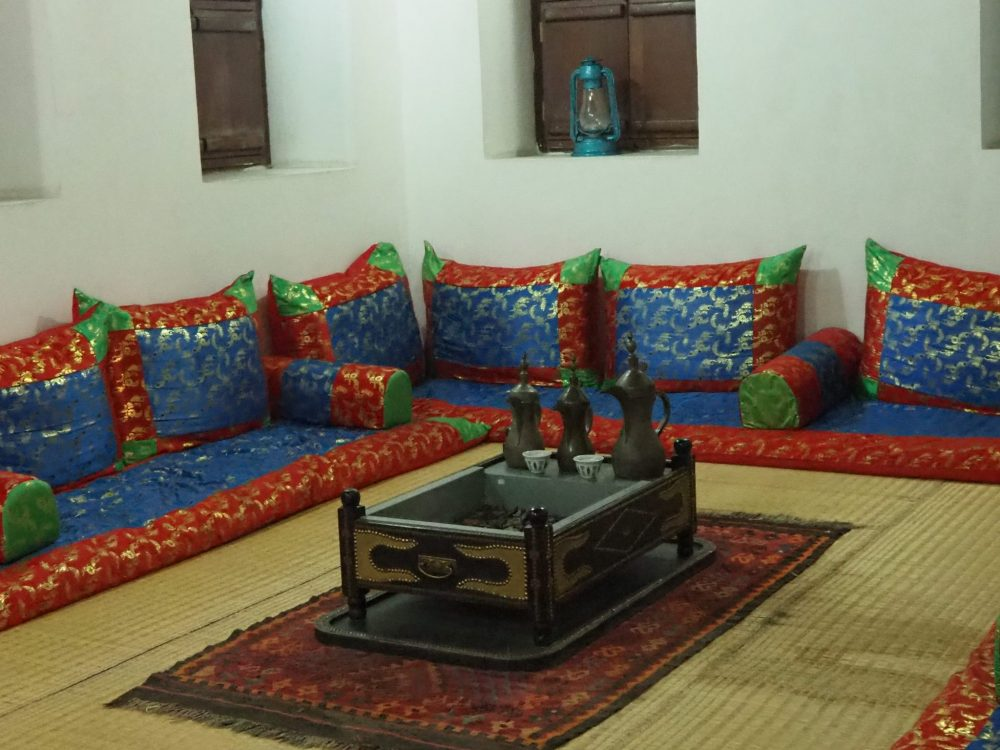 One of many reception rooms in Al Ain Palace Museum ... or is it a coffee room?