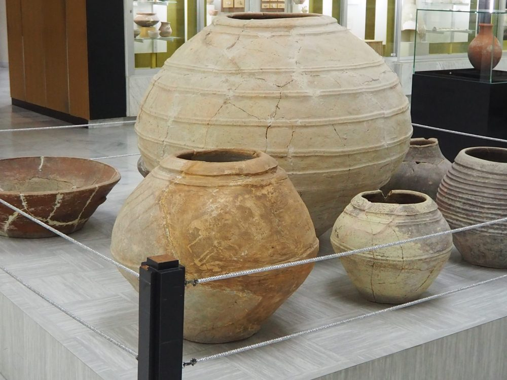 These storage pots in the Al Ain Museum were discovered at Hili and Rumailah, another archeological site in Al Ain. They date to the 1st millennium BCE.