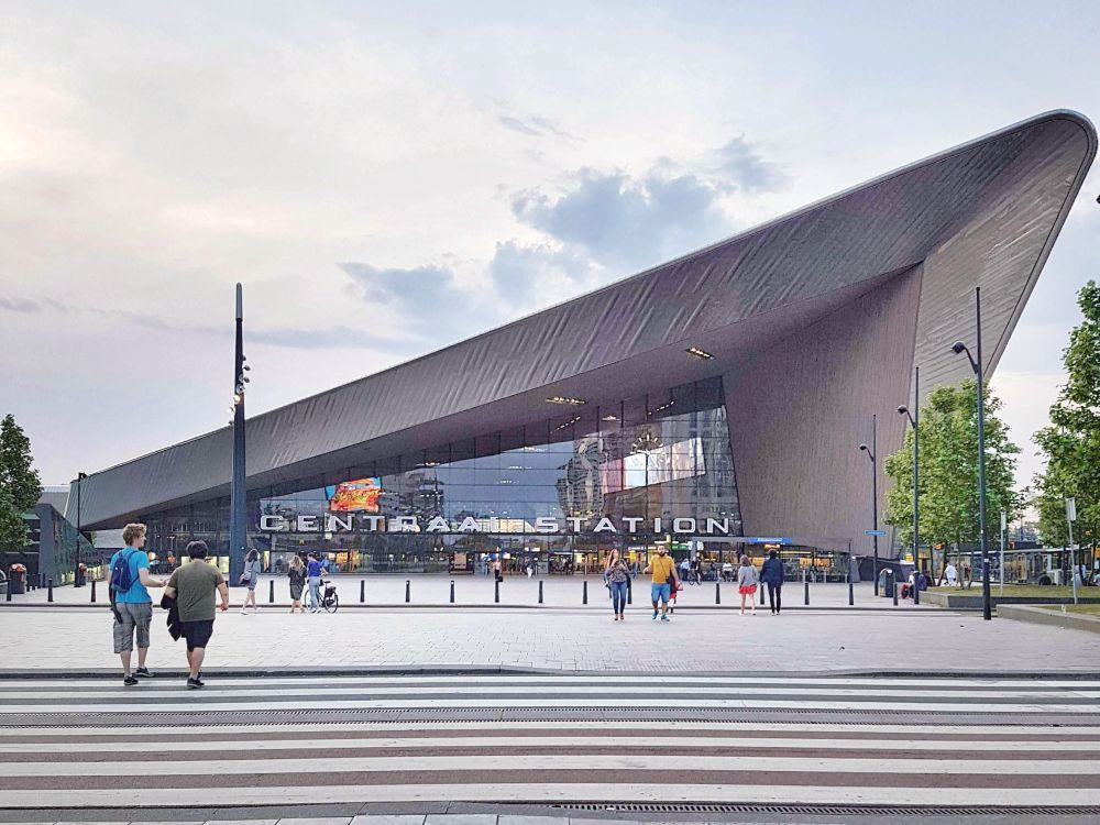 The new Rotterdam Central train station