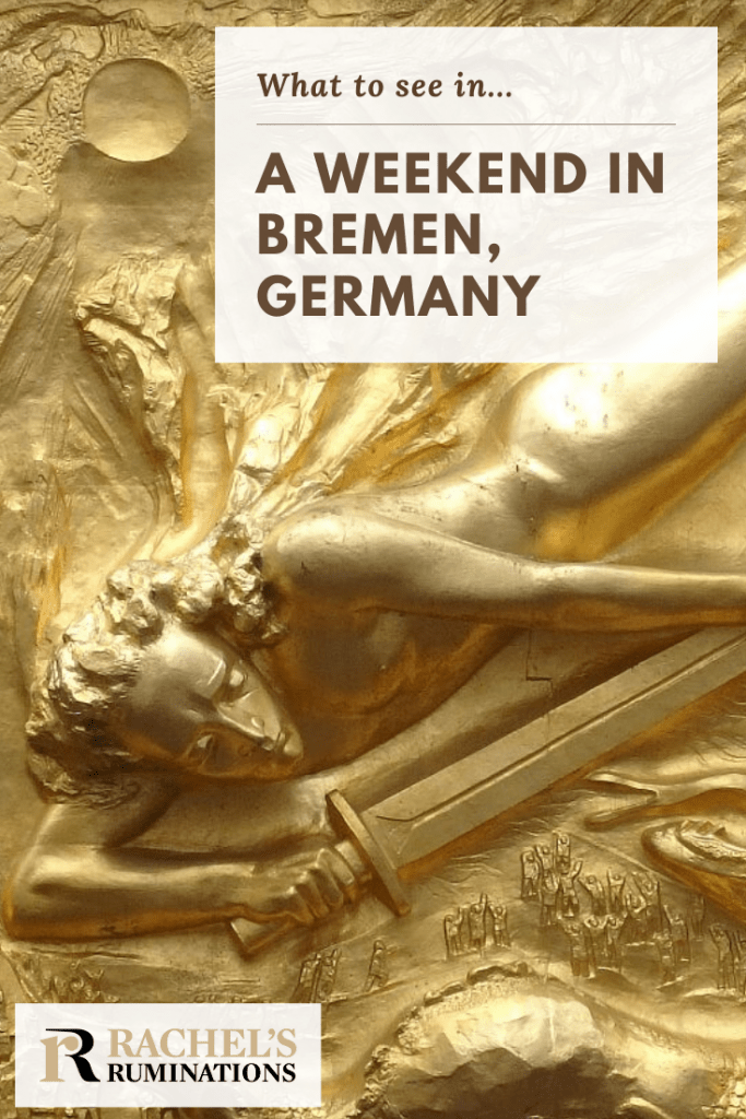 """Pinnable image Image: the golden bas-relief """"Lichtbringer"""" Text: What to see in ... a weekend in Bremen"""