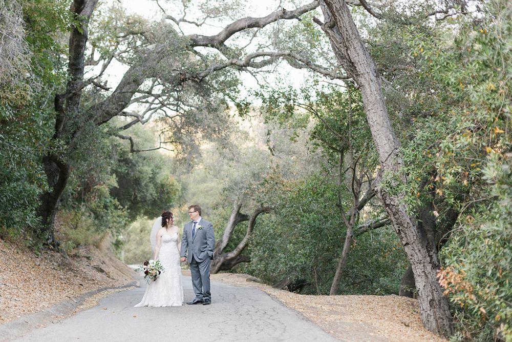 topanga canyon wedding photography bride and groom amongst oak trees