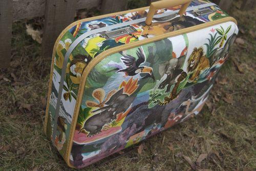 Decoupage Vintage Suitcase 3