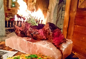 Steaks und Burger in der RachKuchl am Vomperberg
