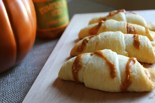 Pumpkin_Cookie_Butter_Croissants_500x333