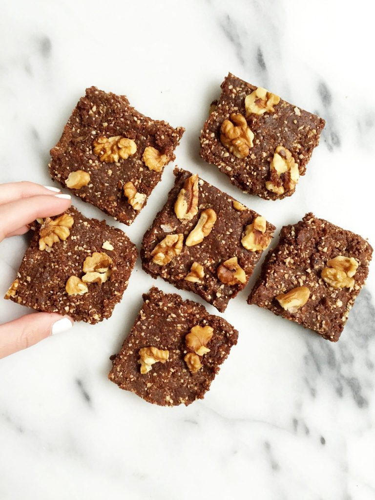 Raw 5-ingredient Maca Brownies by rachLmansfield