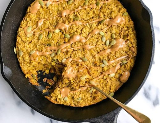 "Turmeric ""Golden Milk"" Oatmeal Bake"