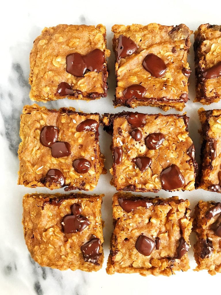 Vegan Pumpkin Chocolate Chip Oatmeal Bars made with gluten-free and simple ingredients!