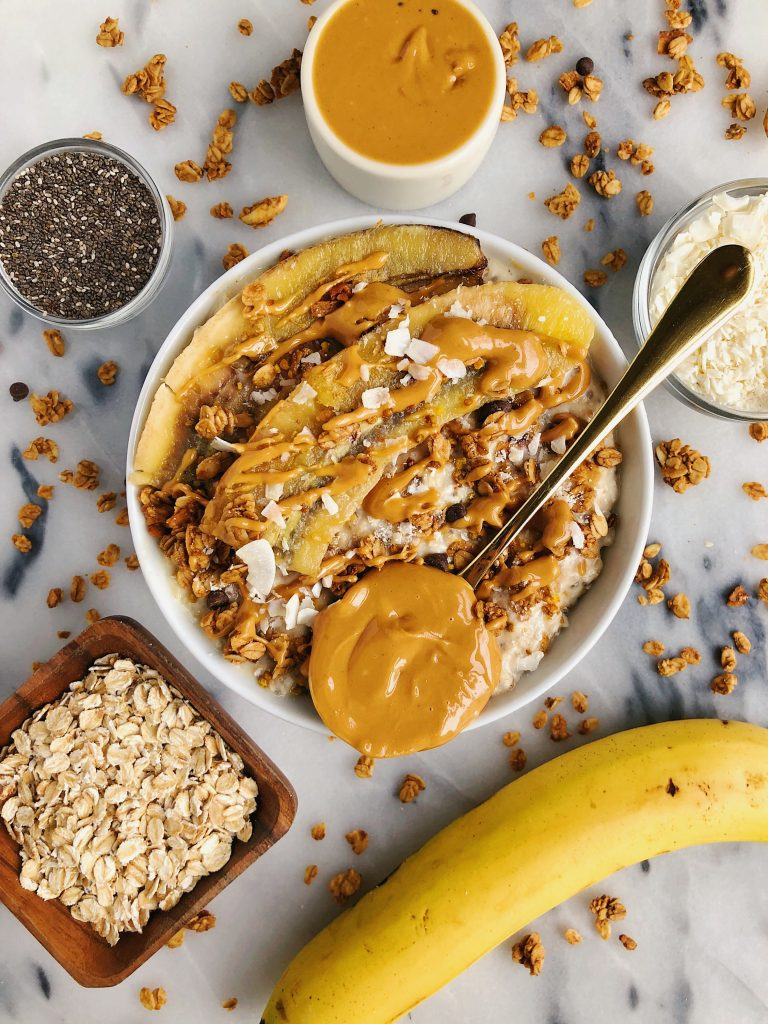 Classic Overnight Oats with Caramelized Bananas and an extra boost from MCT oil!